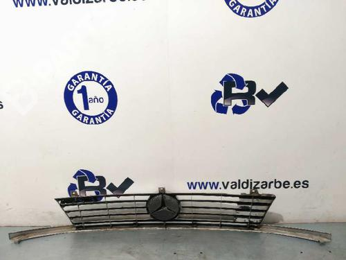 Rejilla delantera MERCEDES-BENZ VITO Van (638) 112 CDI 2.2 (638.094) A6388880415 24055651