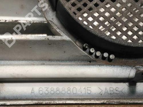 Rejilla delantera MERCEDES-BENZ VITO Van (638) 112 CDI 2.2 (638.094) A6388880415 24055652
