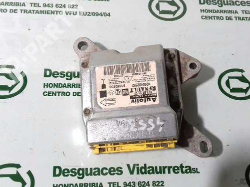 8200402592 Kollisjonspute styreenhet VIVARO A Box (X83) 1.9 DI (F7) (80 hp) [2001-2020]  1869653