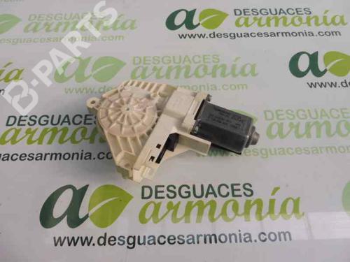 8T0959802B | Elevalunas delantero derecho A5 (8T3) S5 quattro (354 hp) [2007-2012] CAUA 1948102