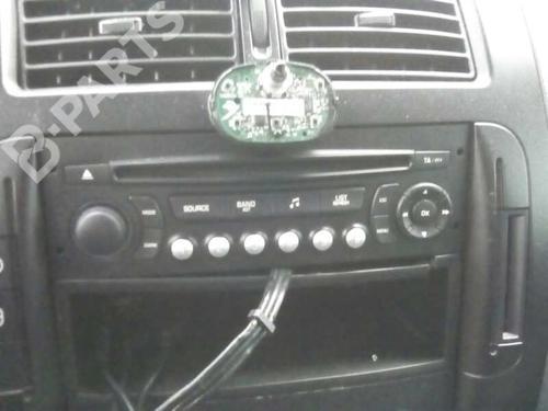 Auto-radio PEUGEOT EXPERT Van (VF3A_, VF3U_, VF3X_) 2.0 HDi 130  7023697