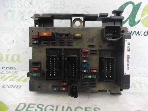 Caixa de fusíveis PEUGEOT 206 Hatchback (2A/C) 2.0 HDI 90 9650664080 | BSMB3 | 7025352