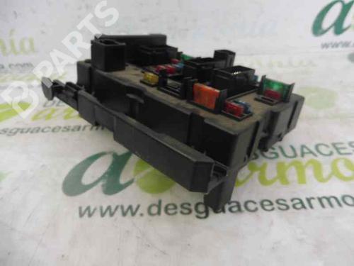 Caixa de fusíveis PEUGEOT 206 Hatchback (2A/C) 2.0 HDI 90 9650664080 | BSMB3 | 7025354