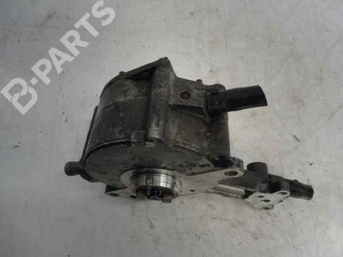 Maître cylindre AUDI A4 (8E2, B6) 1.9 TDI 038145209C 11717226