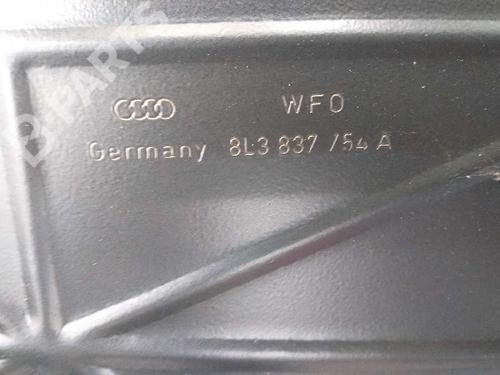 Rudehejsemekanisme Højre foran AUDI A3 (8L1) 1.6 8L3837398A | 8L3959802 | 34460242