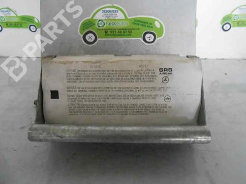 8956 | A1688600605 | Airbag delantero derecho A-CLASS (W168) A 170 CDI (168.008) (90 hp) [1998-2001]  2080357