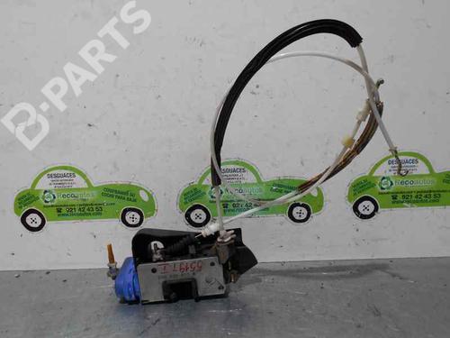 8D0839015A | BOMBA DE VACIO | 4 PUERTAS | Venstre bak lås A6 (4A2, C4) 2.6 (150 hp) [1994-1997]  2097337
