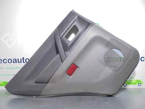 MR391155 | 5P | Forra da porta trás esquerda PAJERO III (V7_W, V6_W) 3.2 Di-D (V68W) (160 hp) [2000-2006]  2106030