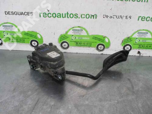 Pedal OPEL VIVARO A Box (X83) 1.9 DTI (F7) 7700313060 23497680