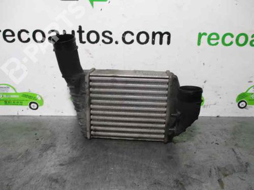 Intercooler AUDI A4 (8D2, B5) 2.5 TDI 059145806 | 157561213 | LR | 28011598