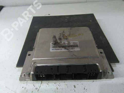 Calculateur moteur (ecu) 156 (932_) 1.9 JTD (932.A2B00, 932.A2C00) (115 hp) [2001-2005]  2538660