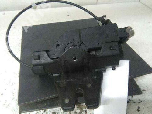 Cerradura de porton trasero BMW 3 (E90) 320 d 8196401 | 19563941