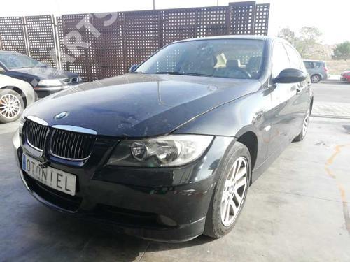 BMW 3 (E90)  37015786