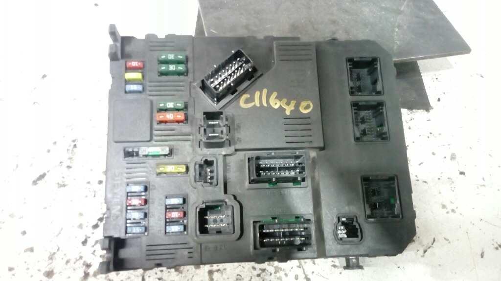 fuse box on a citroen xsara picasso fuse box citro  n xsara picasso  n68  2 0 hdi 9653667580 b parts  xsara picasso  n68  2 0 hdi
