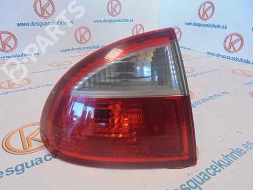 1M6945095A | Farolim esquerdo LEON (1M1) 1.9 TDI (110 hp) [1999-2006] ALH 2480557