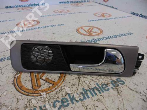 4B0839020   Poignée intérieure arrière droite A6 (4B2, C5) 2.5 TDI (155 hp) [2001-2005]  3219540