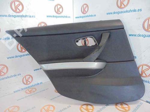 Guarnecido puerta trasera izquierda 3 (E90) 320 d xDrive (177 hp) [2008-2010] N47 D20 A 2496025