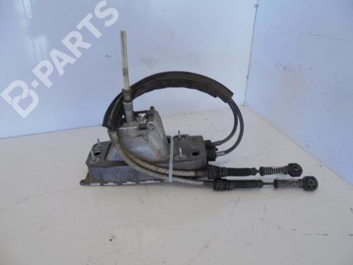 Selettore del cambio manuale AUDI A3 (8P1) 2.0 TDI 16V 1K0711049AT | 39730257