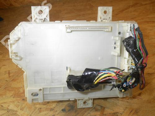 Fuse Box SMART: 4545400424 4545400424:   SMART, FORFOUR (454) 1.5 CDI (454.001)(4 doors) (95hp), 2004-2005-2006 20666460