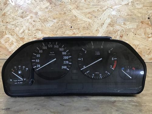 BMW: 8359361 Kombinert Instrument 5 (E34) 520 i 24V (150 hp) [1990-1995] M50 B20 (206S2) 5329700