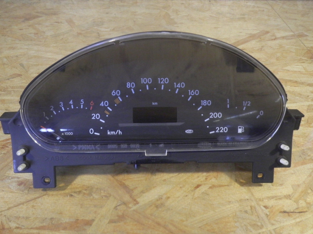6 MONTH WARRANTY WHITE 2000 Mercedes Benz c230 speedometer instrument cluster