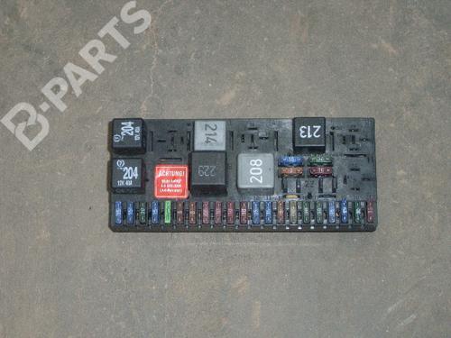fuse box audi 80 avant (8c5, b4) 2.6 | b-parts  b-parts