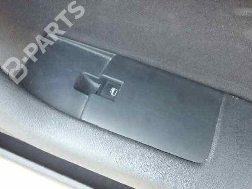 Interrupteur de vitre avant droite AUDI A3 Sportback (8PA) 1.9 TDI  28802550