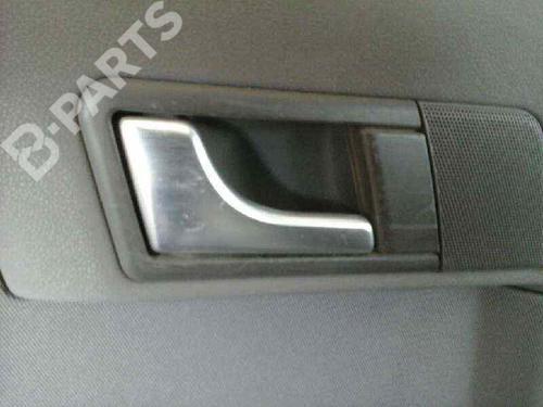 Poignée intérieure arrière gauche AUDI A2 (8Z0) 1.4 TDI (75 hp)