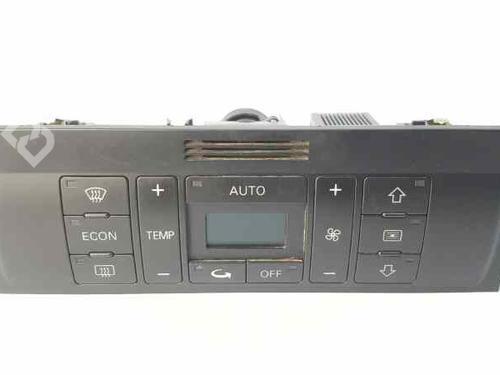 Commande Chauffage AUDI A2 (8Z0) 1.4 TDI 8Z0820043D | 8Z0820043D5PR | 8Z0 820 043 D | 37529004