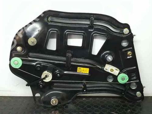 Rudehejsemekanisme venstre bagtil AUDI A4 Convertible (8H7, B6, 8HE, B7) 2.5 TDI (163 hp) 8H0839397 | 833990264-100 |