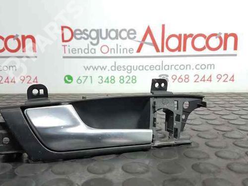 Poignée intérieure avant gauche AUDI A3 Sportback (8PA) 2.0 TDI 8P4837019 | 28817761