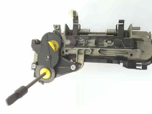 Venstre fortil udvendigt håndtag AUDI A4 Convertible (8H7, B6, 8HE, B7) 2.5 TDI  34948597
