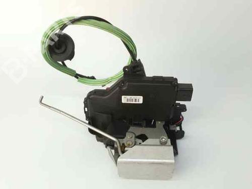 Højre fortil lås AUDI A4 Convertible (8H7, B6, 8HE, B7) 2.5 TDI (163 hp) 8E1837016C |