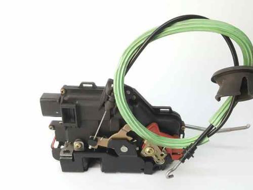 Højre fortil lås AUDI A4 Convertible (8H7, B6, 8HE, B7) 2.5 TDI 8E1837016C | 37729914