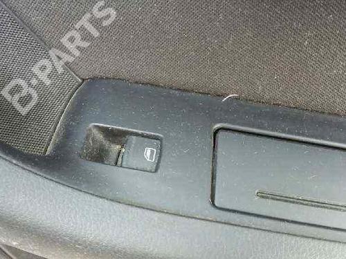 Interrupteur de vitre arrière droite AUDI A6 (4F2, C6) 2.0 TDI  28803128
