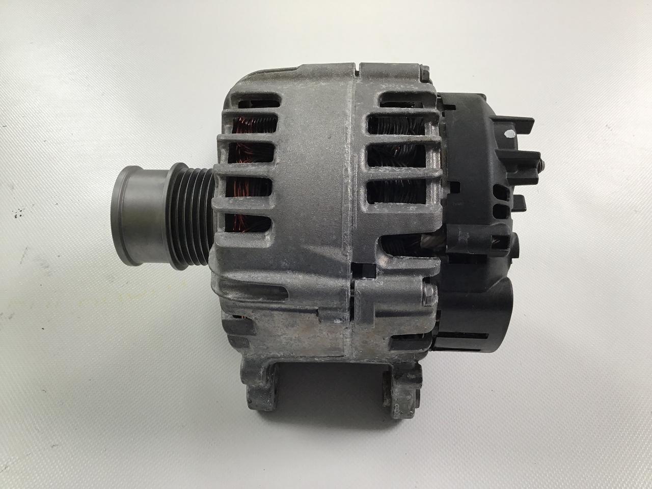 Audi 80 90 100 200 1.4 1.6 1.8 1978 1979-1994 alternator 12 month warranty