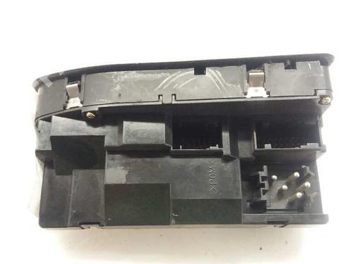 Mando elevalunas delantero izquierdo BMW 5 (E39) 520 d 6904306 | 15664265