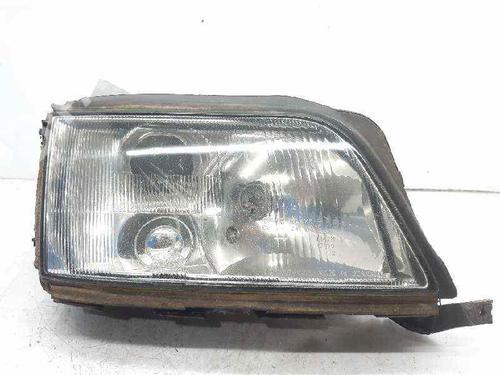 4A0941030L   Lyskaster høyre A6 (4A2, C4) 2.5 TDI (116 hp) [1994-1997] AAT 6557495