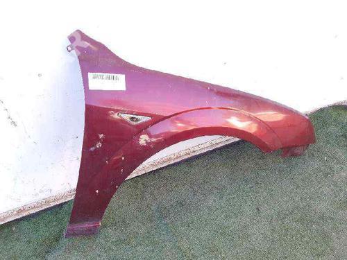 Aleta delantera derecha FORD MONDEO III (B5Y) 1.8 16V  31087486