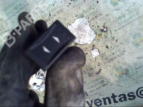 Mando elevalunas trasero izquierdo MONDEO III (B5Y) 2.0 16V TDDi / TDCi (115 hp) [2000-2007] D6BA 3040603