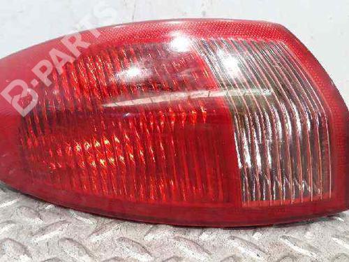 Feu arrière gauche 147 (937_) 1.9 JTD (937.AXD1A, 937.BXD1A) (115 hp) [2001-2010]  6436370