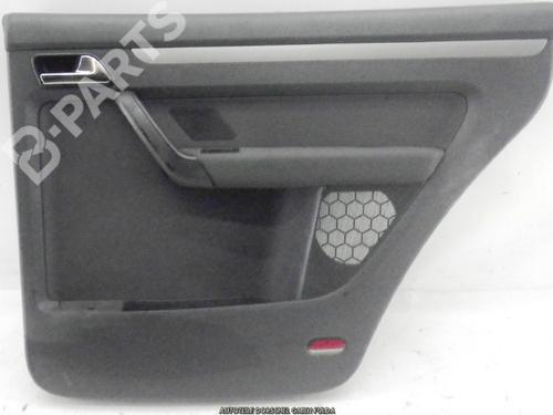 VW: 1T0867211022R , 1T0867211023R Dør deksel bak høyre TOURAN (1T1, 1T2) 1.6 FSI (115 hp) [2003-2007]  3001540