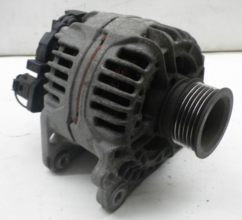 8L1 1.6 1.8 T 1.9 TDI S3 120A Original Bosch Lichtmaschine Generator AUDI A3