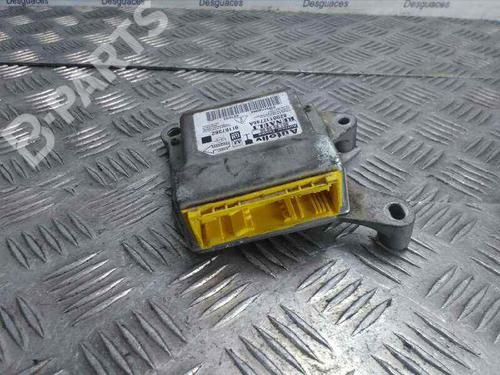 8200112746A   Kollisjonspute styreenhet VIVARO A Box (X83) 1.9 DTI (F7) (101 hp) [2001-2020]  4549431