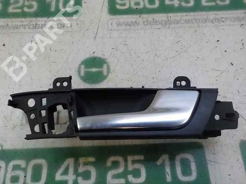 Poignée intérieure avant droite A3 Sportback (8PA) 1.9 TDI (105 hp) [2004-2010] BXE 4983102