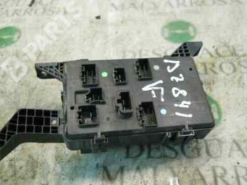 Fuse Box MONDEO III Saloon (B4Y) 2.0 16V (146 hp) [2000-2007] CJBA 3788086