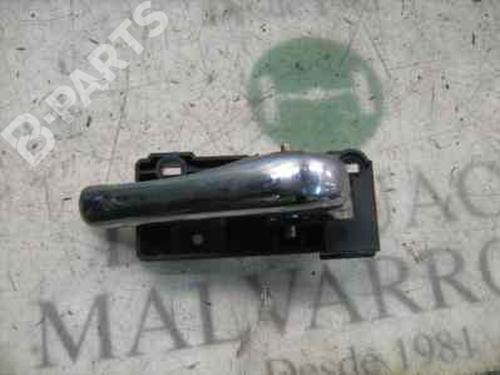 Poignée intérieure arrière droite 156 (932_) 2.5 V6 24V (932A1) (190 hp) [1997-2002]  4032545