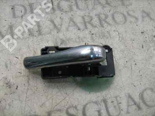 Poignée intérieure avant droite 156 (932_) 2.5 V6 24V (932A1) (190 hp) [1997-2002]  4032547