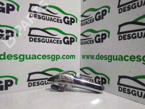 A2117660124 | Poignée intérieure arrière gauche E-CLASS (W211) E 220 CDI (211.006) (150 hp) [2002-2008]  7147875