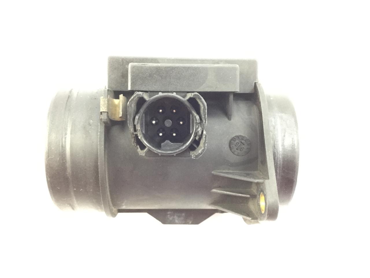Débitmetre de Masse D/'air BMW 2246084